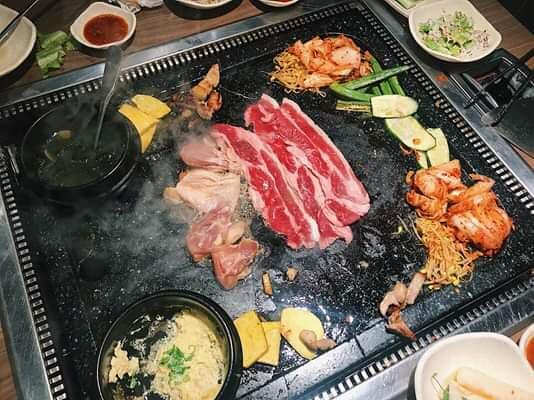 quán ăn Hàn Quốc Quận 10 8