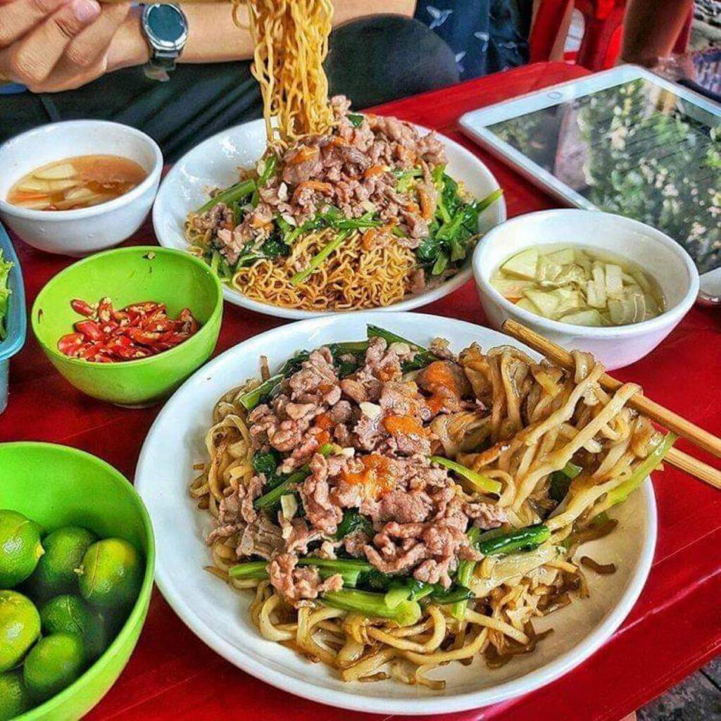 9 Quán phở xào Hà Nội ngon nức tiếng, đầy ú ụ – Digifood
