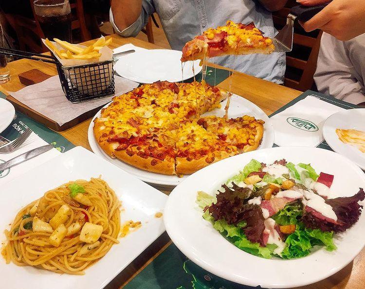 Các món ăn tại pizza company